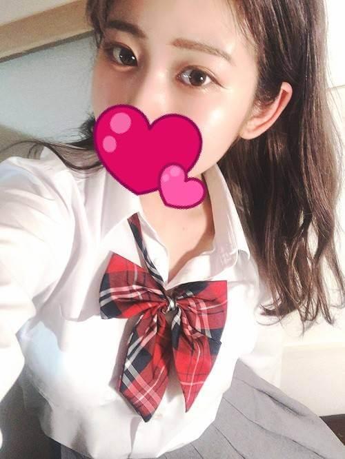 美人で小柄、愛くるしい笑顔がめっちゃキュート【みおちゃん(20才)】ご案内可能です♪|JKプレイ 新宿・大久保店